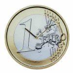 Egy eurós érme falióra