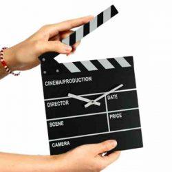Film csapó falióra