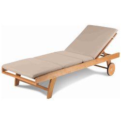 Kerti napozó ágy